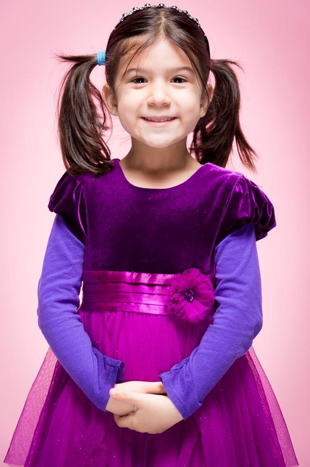 Markham Mississauga Brampton Toronto kids portrait photographer on pink