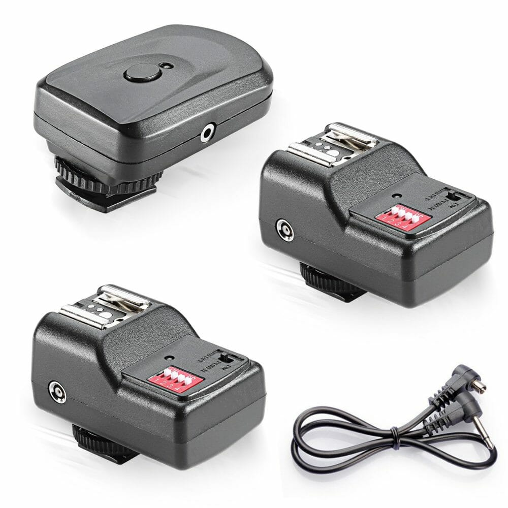 The best photography flash triggers 16 Channel Wireless Remote FM Flash Speedlite Radio Trigger with 2.5mm PC Receiver for Flash Units with Universal Hot Shoe